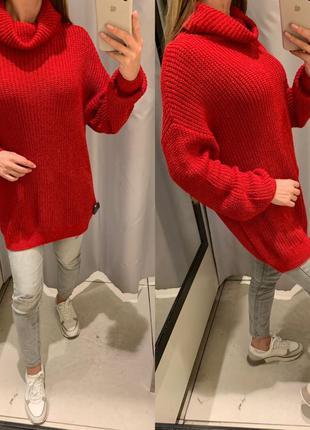 Удлиненный красный свитер с горлом туника reserved есть размеры