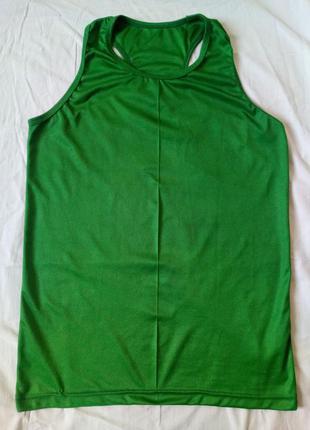Майка спортивная зеленая с открытыми лопатками