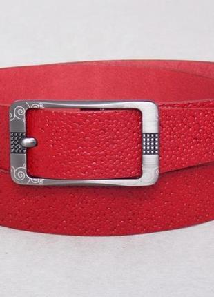 Женский кожаный ремень красного цвета