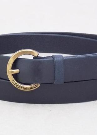 Синий кожаный женский узкий пояс calvin klein jeans