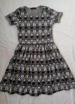 Платье с юбкой клеш для девочки подростка с этно принтом