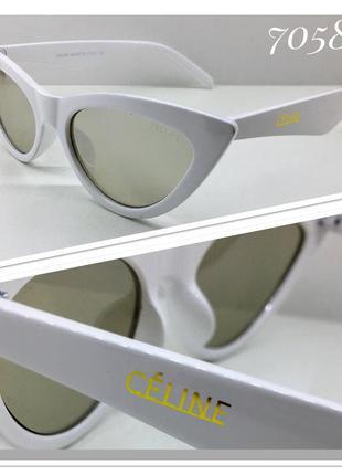 Женские солнцезащитные очки кошечки зеркальные белая оправа