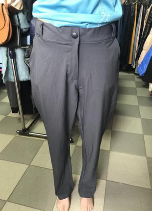 Легкие спортивные брюки crane