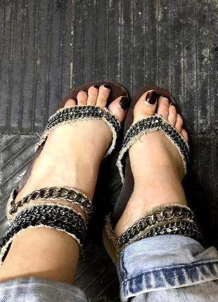 Джинсовые босоножки-сандали