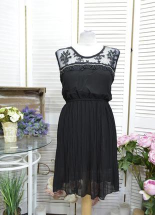 Летнее черное платье