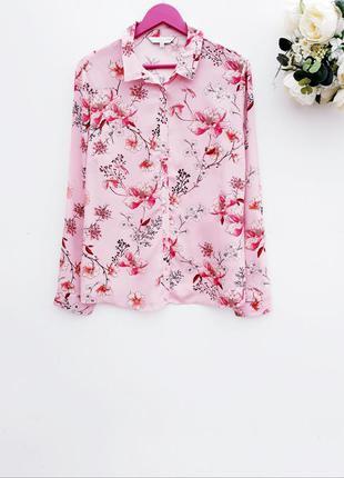 Нежно розовая рубашечка стильная рубашка в цветочный принт