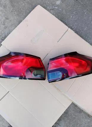 Фонарь задний Opel Zafira С Tourer 13386604 13386603