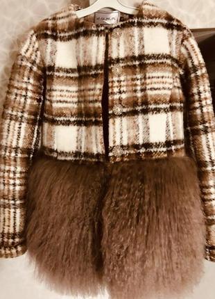 Пальто с мехом ламы и утеплителе альпалюкс