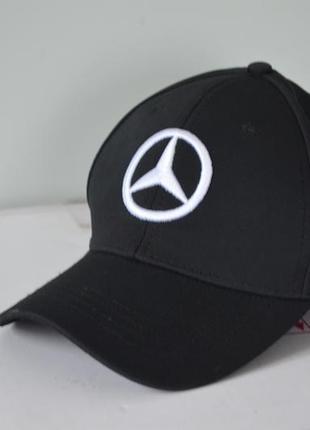 Мужская кепка mercedes-benz