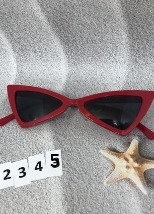 Модные красные ретро-очки с черными линзами к. 2345