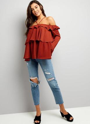 Блуза з відкритими плечима anita & green new lookз рюшами