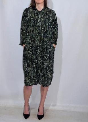 Платье туника с карманами свободный крой