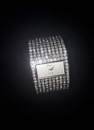 Годинник vaece quertz japan сріблястий кварцовий з діамантами ...