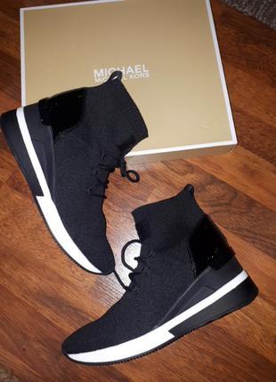 Деми ботинки michael kors w9.5