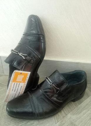 Туфли кожаные для мальчика 27 р.