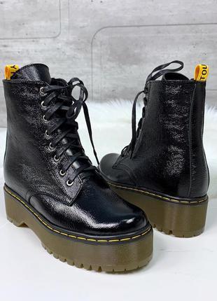 Кожаные ботинки в стиле dr. martens,черные ботинки мартенсы из...