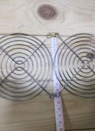 Решетка защиты вентилятора 12см