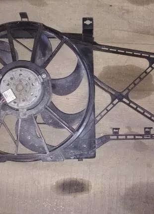 Вентилятор диффузор радиатора Opel Zafira B Astra H 13205941