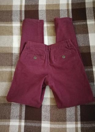 Джинсы штаны чинос цвета бордо марсала denim&co