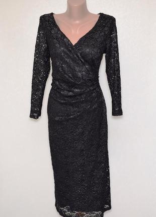 Вечернее кружевное платье с серебристым напылением