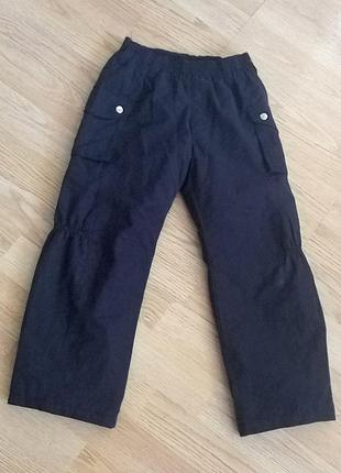 Демисезонные штаны,брюки для двора 4-5 лет.