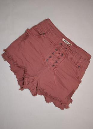 Классные джинсовые шорты на шнуровке