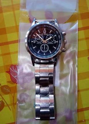 Часы наручные кварцевые (Китай)