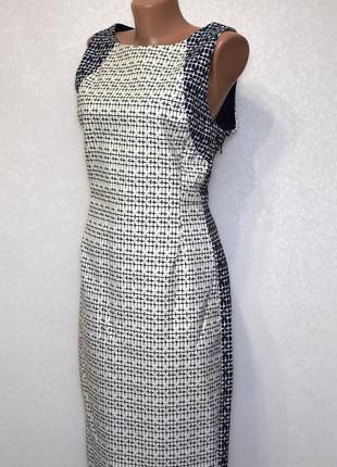 Качественное коттоновое платье футляр с вырезом на спине zara
