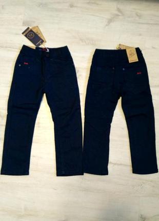 Новые синие котоновые брюки на флисе для мальчиков в школу 98-...