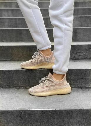 Adidas yeezy boost 350 женские кроссовки адидас изи персиковый...