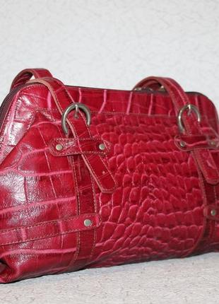 Стильная сумка из натуральной кожи с тиснением под кожу крокодила