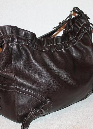 Оригинальная кожаная сумка hugo boss