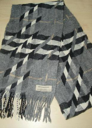 Burberry made exclusively in scotland 100 % cashmere