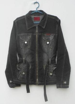 Весенняя джинсовая потертая приталенныя куртка