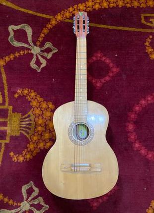 Гитара шестиструнная Изяславская фабрика музыкальных инструментов
