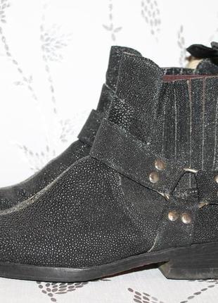 Тренд 2018!ботинки казаки/вестерн из кожи ската 40 размер 26,5...