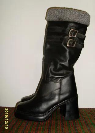 Сапоги женские кожаные новые. 39 размер