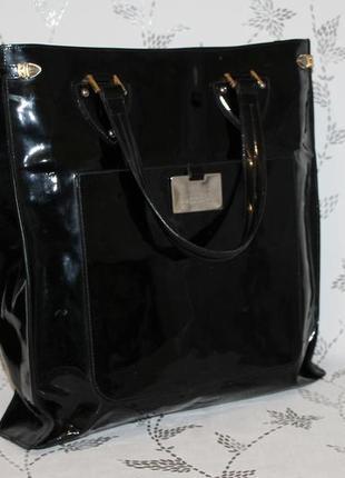 Большущая дизайнерская кожаная сумка gianfranco ferre
