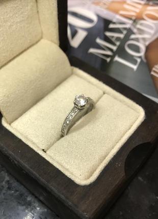 Серебряное кольцо. колечко с камнем. 925