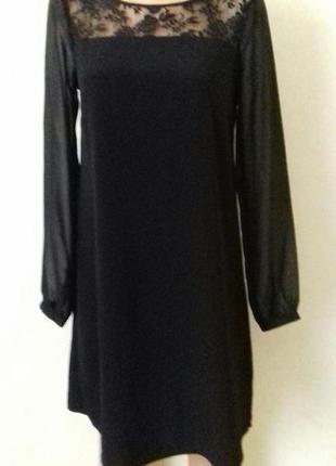 Красивое платье с кружевной вставкой и шифоновыми рукавами george