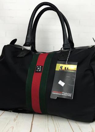 Городская сумка. дорожная сумка. сумка для поездок, путешестви...