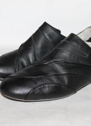 Lacoste кожаные кроссовки 36 размер