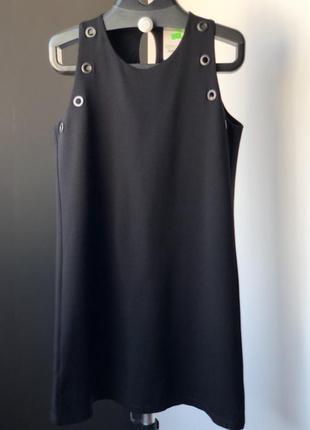 Платье с металлической фурнитурой от mango
