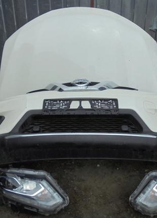 Б/у Фара левая, правая Nissan X-Trail