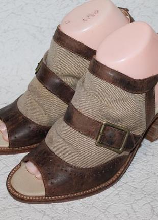 J shoes/стильные босоножки кожа+ткань 39 размер