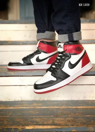 Nike Air Jordan 1 Retro High (черно/белые/красные)