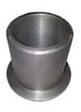 Втулка ЮМЗ оси качания передняя (с буртиком) 36-3001020-А