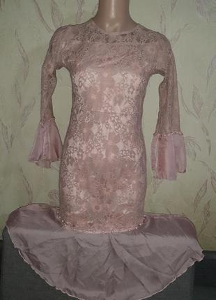 Пудровое, кружевное платье, нюдовое