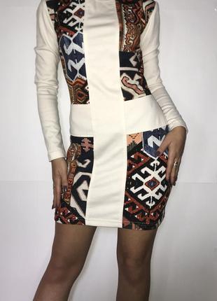 Платье с длинным рукавом обтягивающее принт необычное тёплое о...