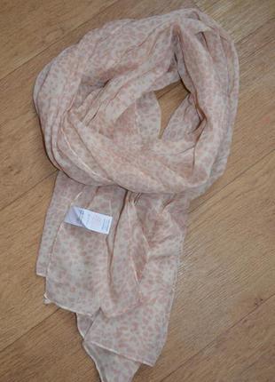 Нежно розовый бежевый шарф палантин платок